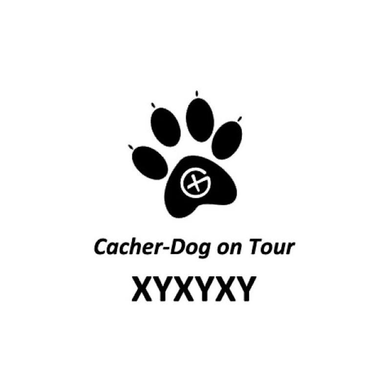 Cacher-Dog trackable sticker