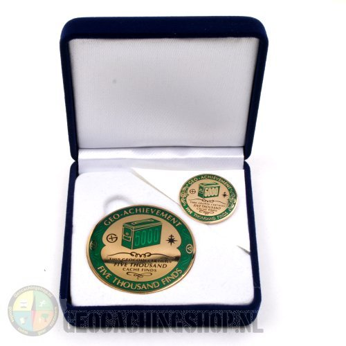 Achievement Geocoin in velvet box